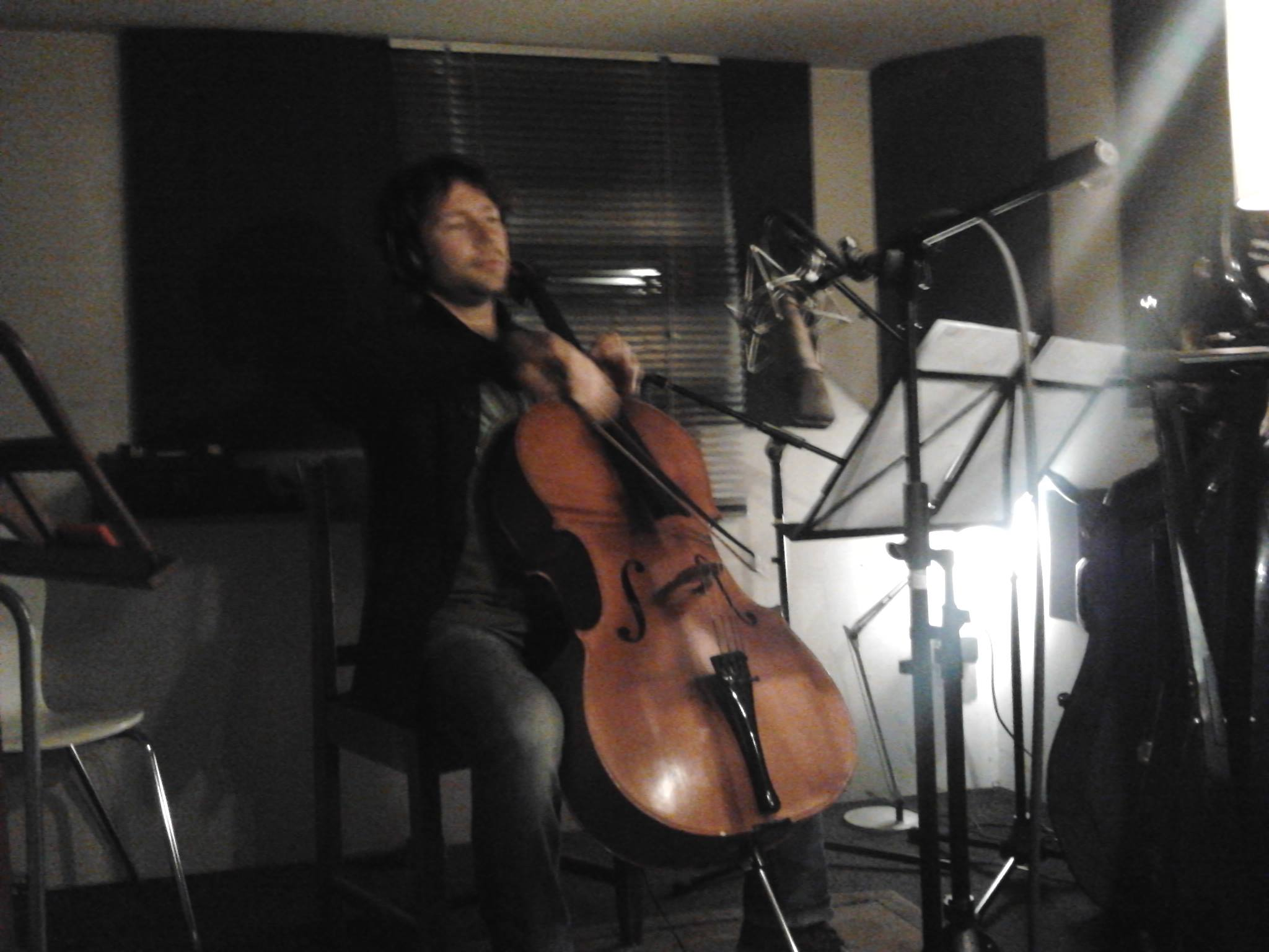 Recording cello with Lucas Stam